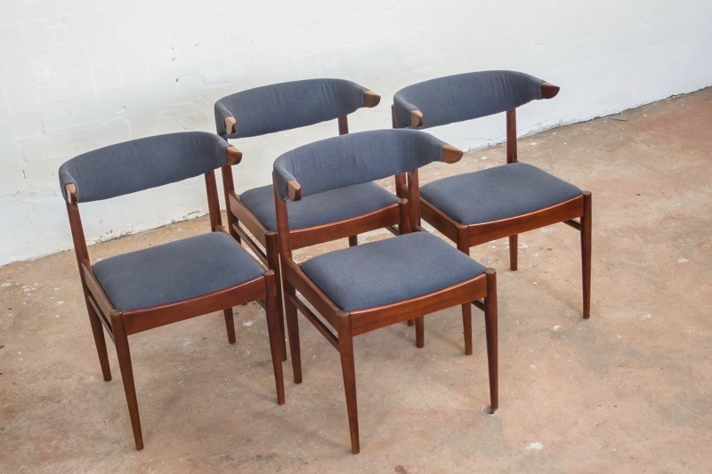 4-danish-cow-horn-chairs-teak_2