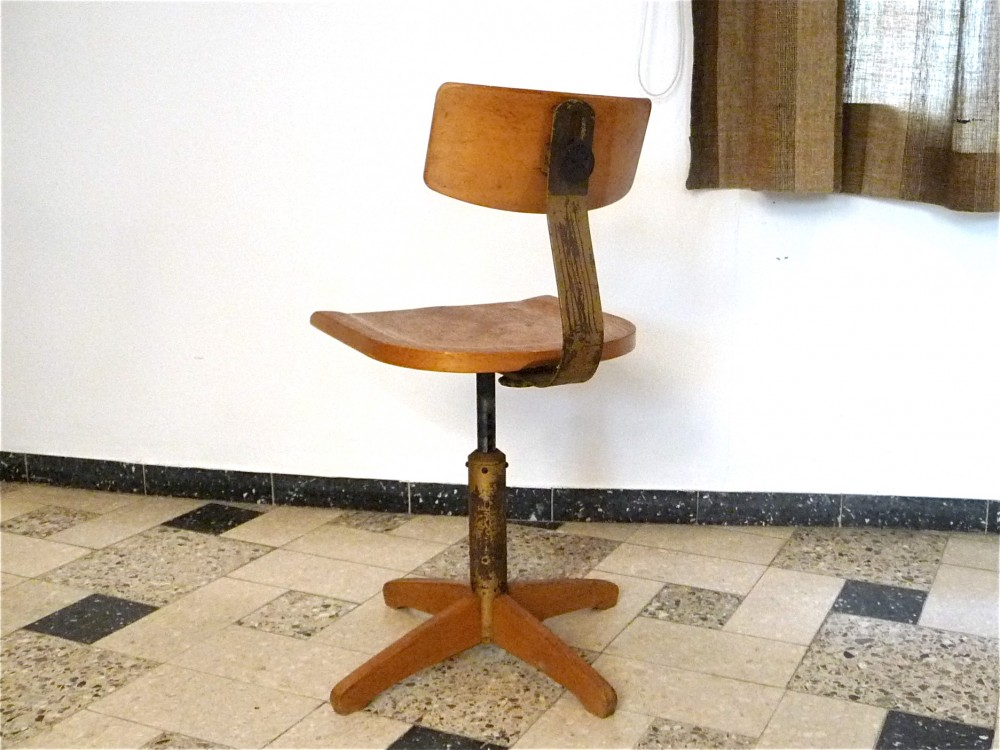ama-elastic-industrial-swivel-studio-chair-chaise-atelier-germany-1950s_0