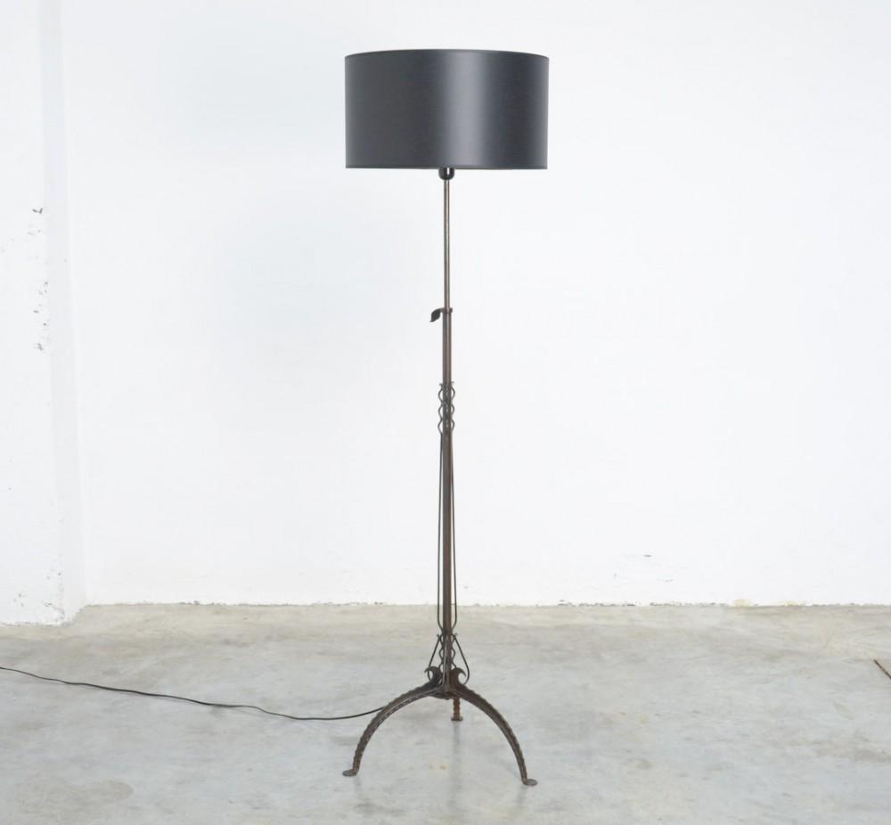 antique-black-wrought-iron-floor-lamp