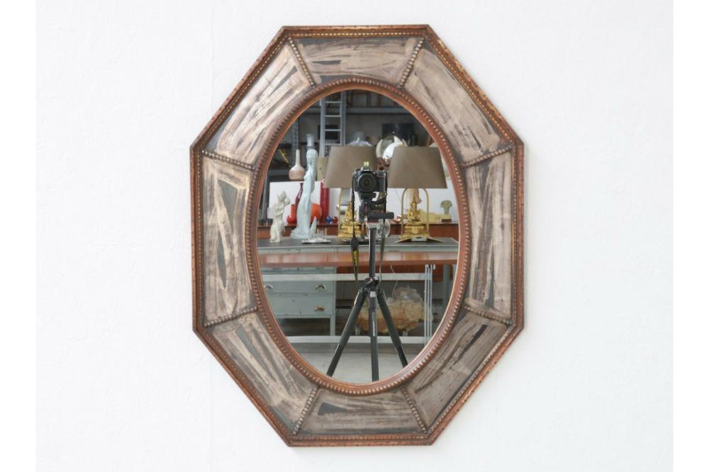 antique-octogonal-wooden-mirror