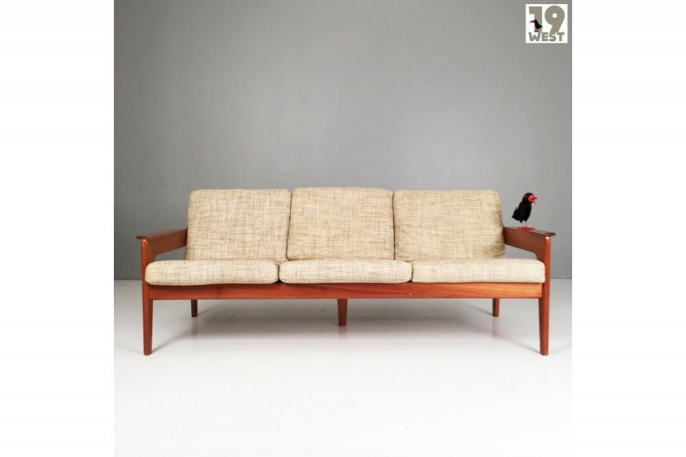 arne-wahl-iversendanish-teak-sofa-arne-wahl-iversen-for-komfort