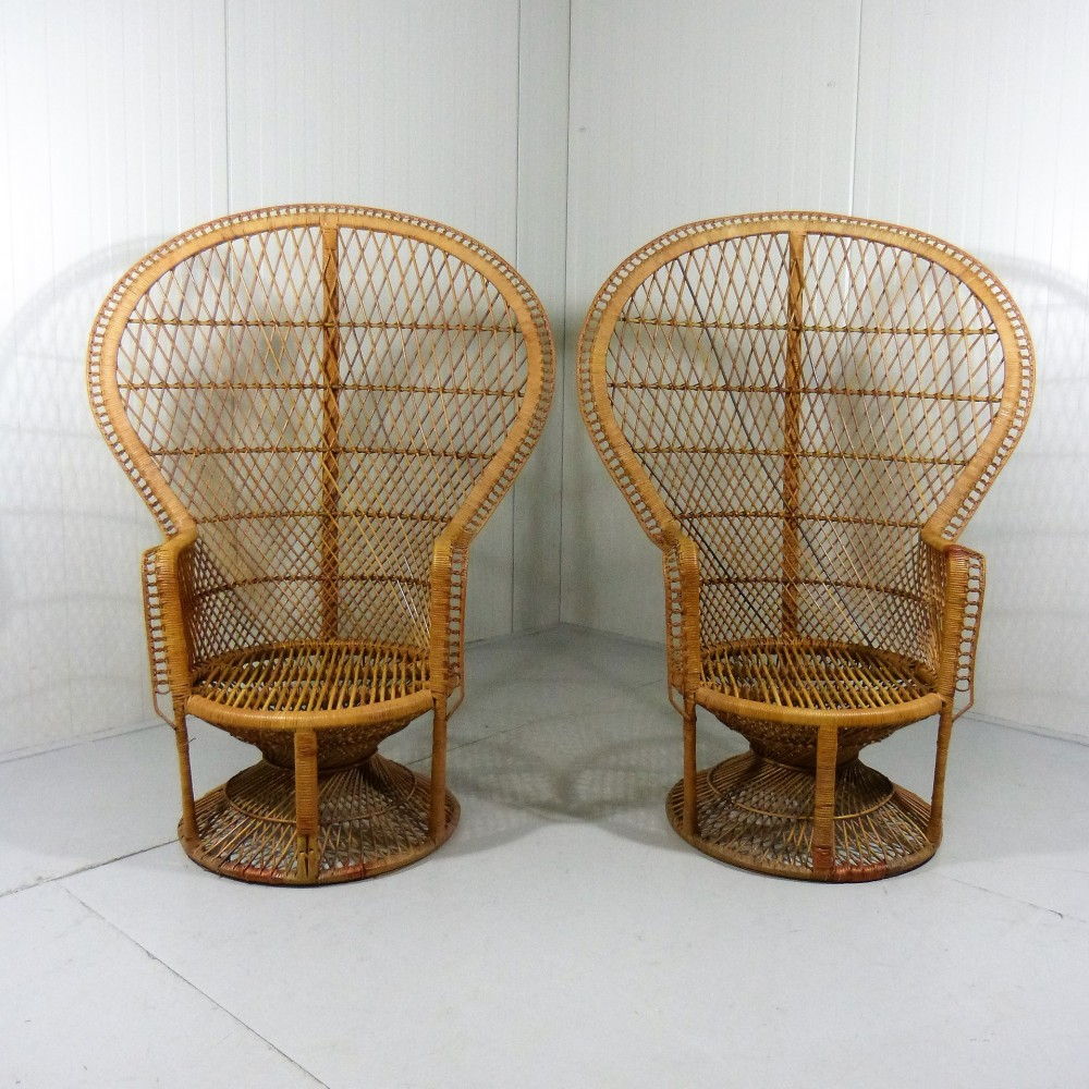 big-rattan-peacock-chairs