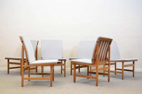 borge-mogensendining-chairs-model-3233-borge-mogensen