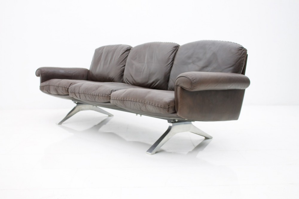 de-sede-leather-sofa-ds-31-chrome-base-switzerland-1970s