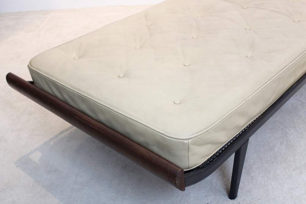 dick-cordemeijerstunning-cleopatra-daybed-cordemeijer-for-auping-original-leather-mattress