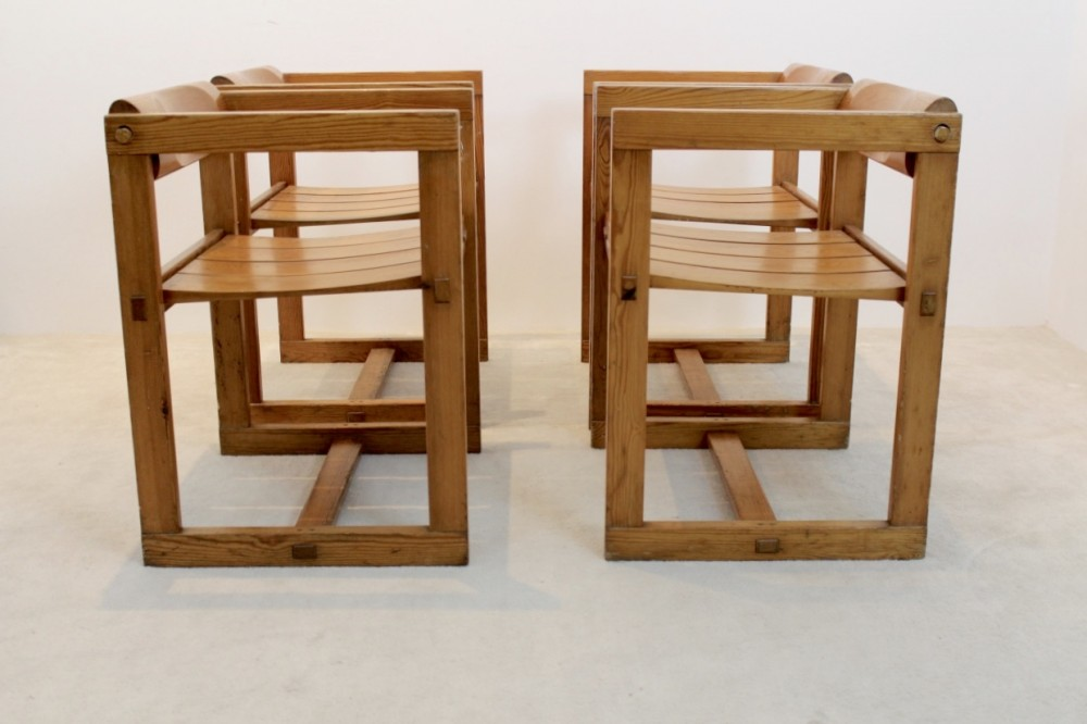 edvin-helsethrare-set-4-edvin-helseth-pinewood-dining-chairs-armrests-trybo-norway