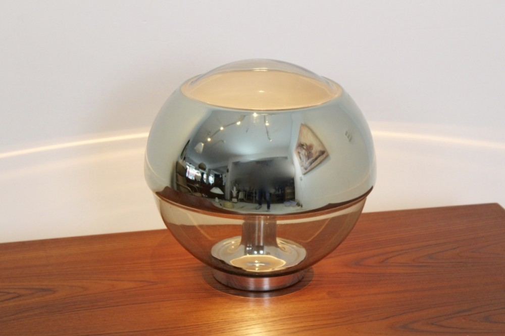 exquisite-peill-putzler-chromed-mirror-full-glass-table-lamp