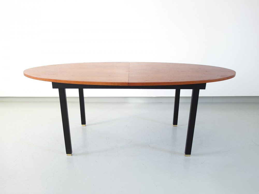 extendable-oval-dining-table-belgium-1960s