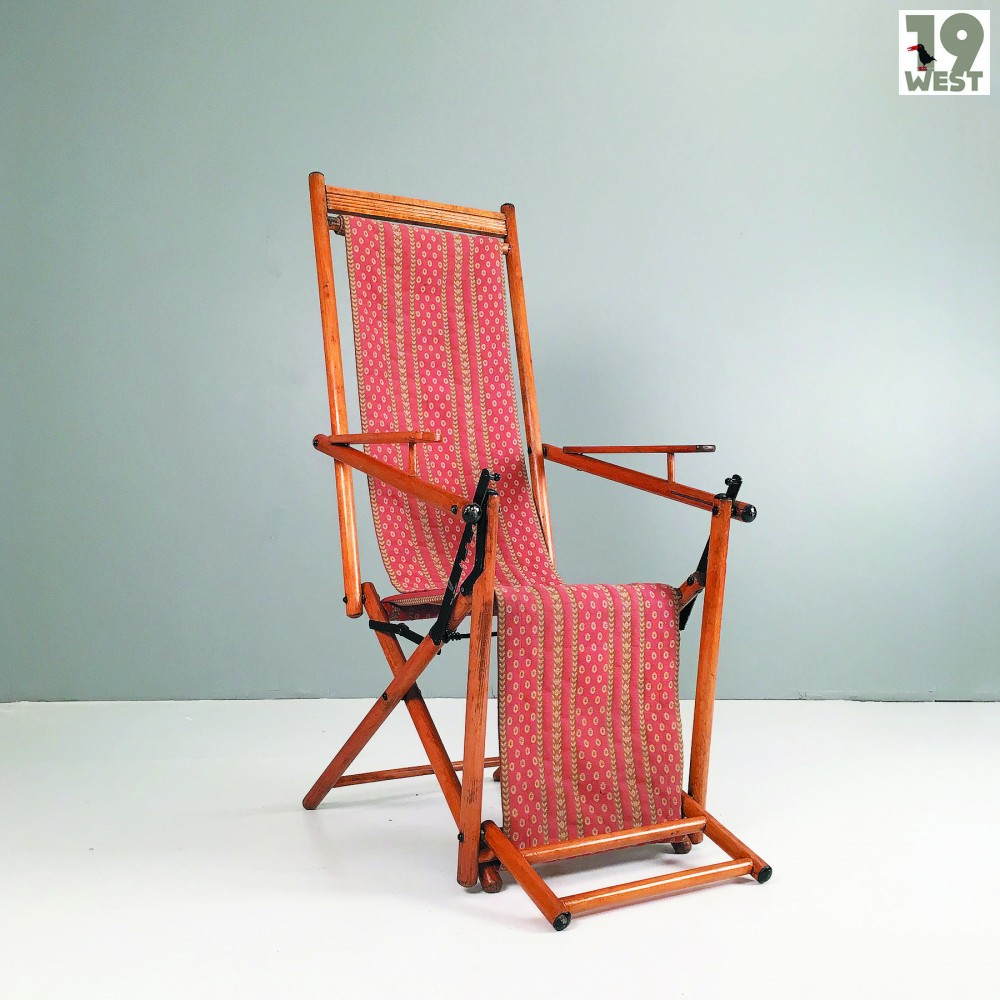 foldable-deckchair-from-early-1900s