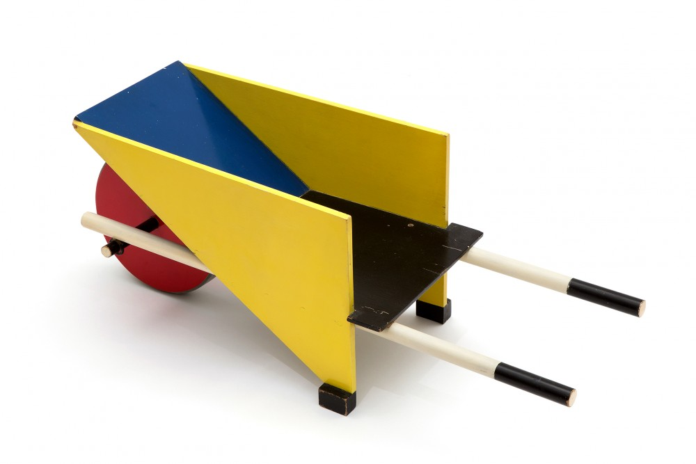 gerrit-rietvelda-childs-wheelbarrow-designed-gerrit-rietveld