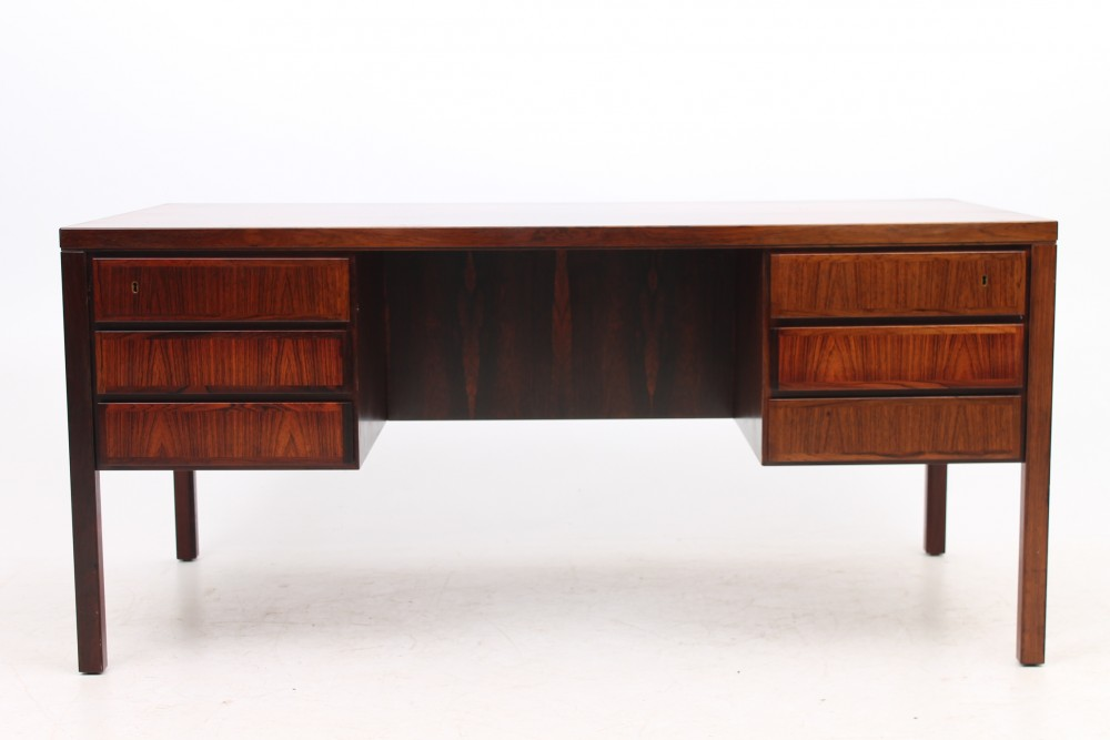 gunni-omanndesk-model-77-rosewood-omann-jun-dk