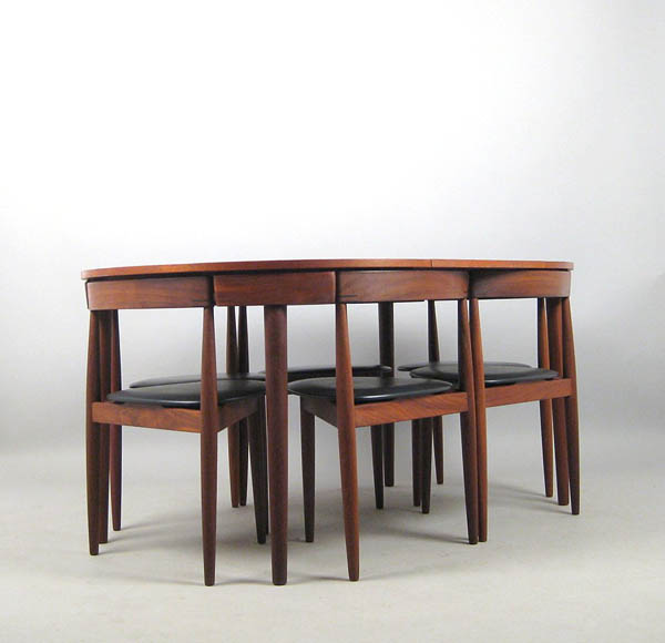 hans-olsenhans-olsen-dining-table-three-legged-chairs-for-frem-rojle-7