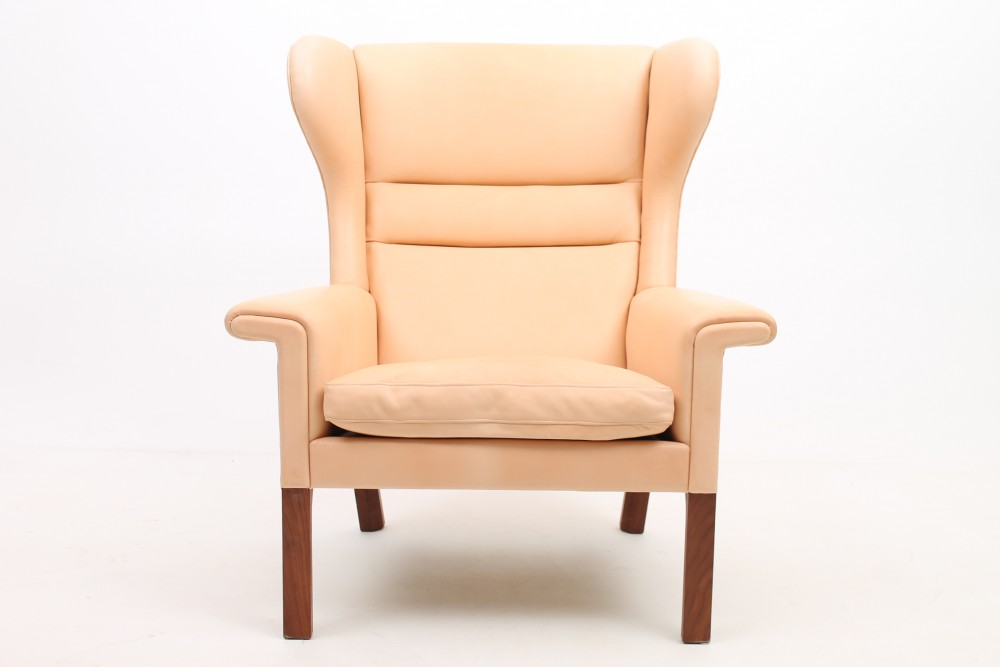 hans-wegnerap-65-lounge-chair-leather-hans-j-wegner