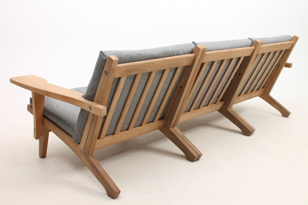 hans-wegnermodel-ge370-sofa-hans-jorgen-wegner-denmark