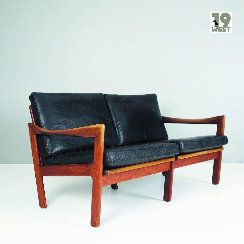 illum-wikkelsodanish-teaka-nd-leather-sofa-illum-wikkelso-for-niels-eilersen