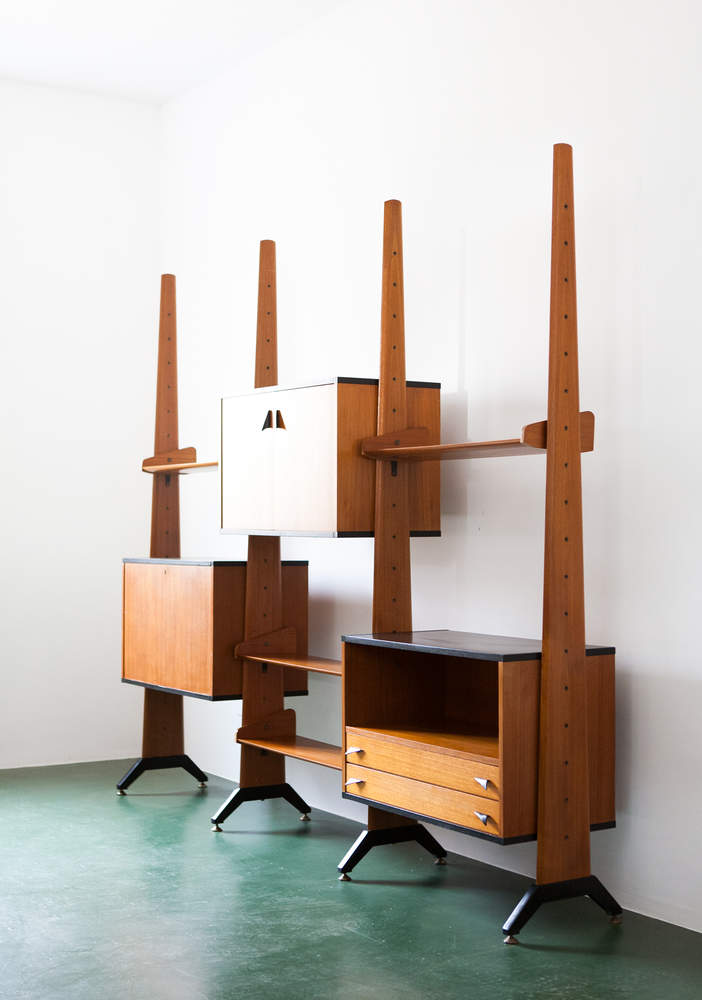 italian-teak-wall-unit-bookshelf-1950s