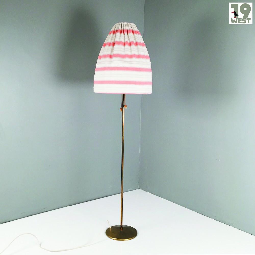 modernist-floor-lamp-from-1950s