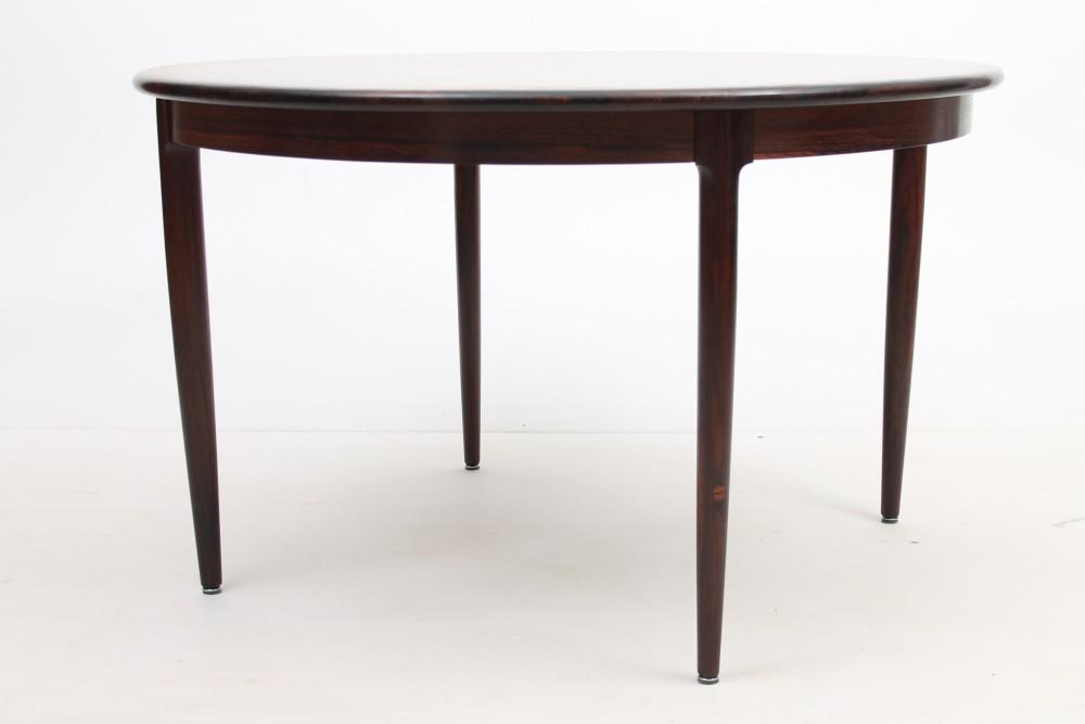 niels-o-mollerlarge-rosewood-dining-table-niels-o-moller-dk
