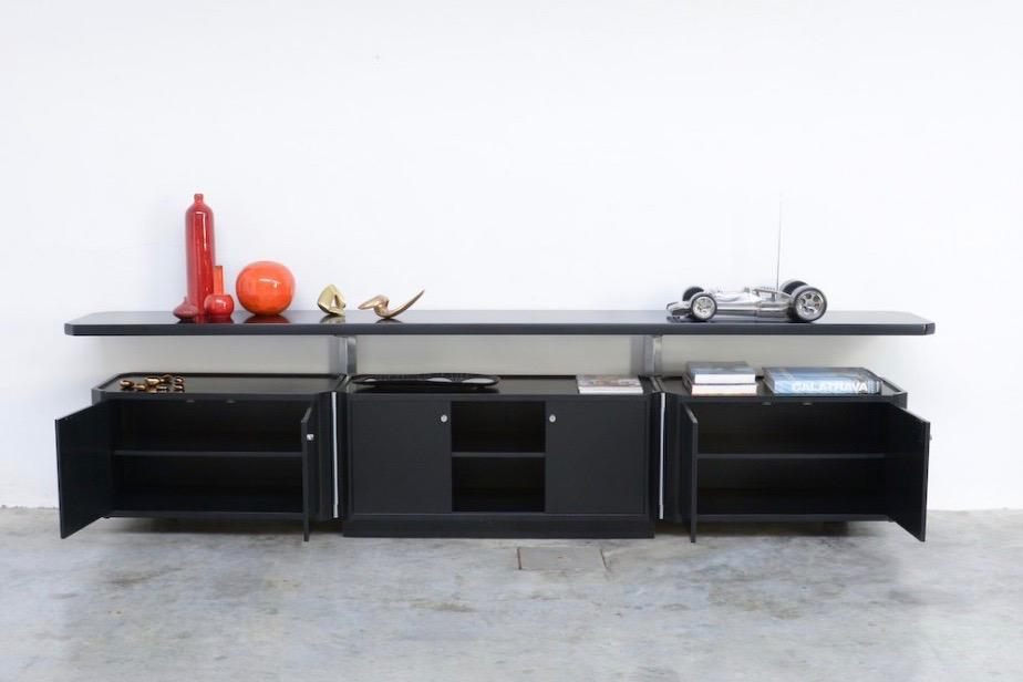 osvaldo-borsaniimpressive-black-sideboard-osvaldo-borsani-for-tecno