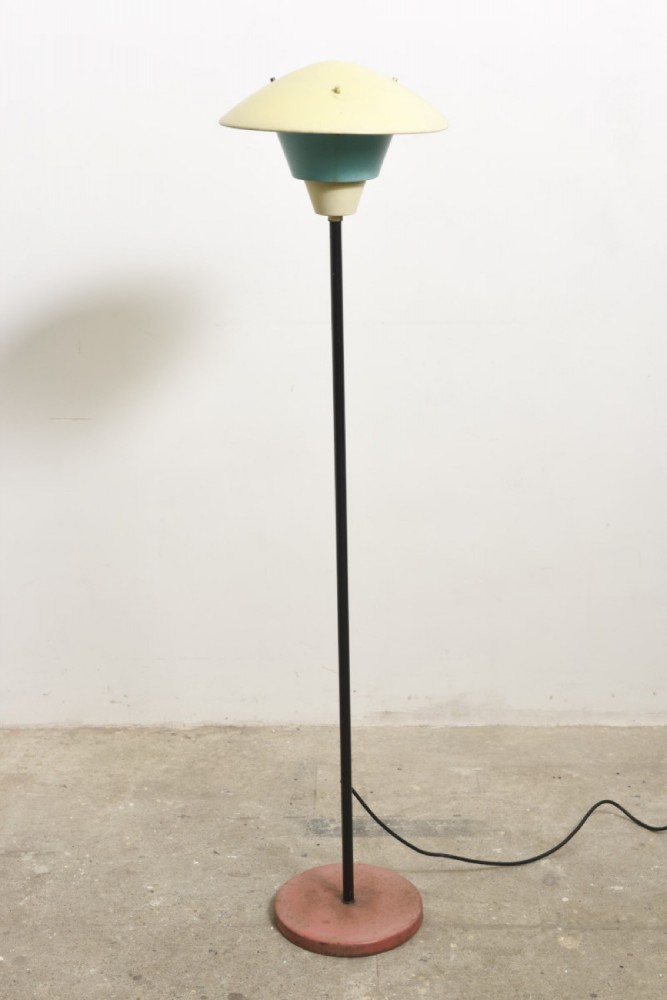 philips-outdoor-floor-lamp-1950s