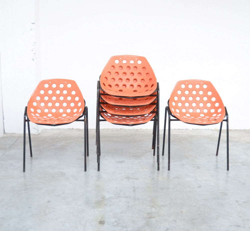 pierre-guaricheset-6-coquillage-stacking-chairs-p-guariche-for-meurop