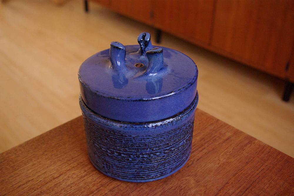 rogier-vandewegheblue-ceramic-lidded-pot-amphora