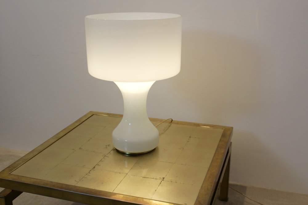 snow-white-venini-murano-glass-table-lamp