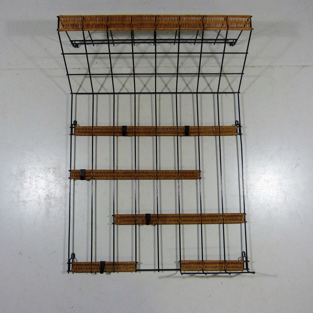 wall-coat-rack-steel-wire-rattan