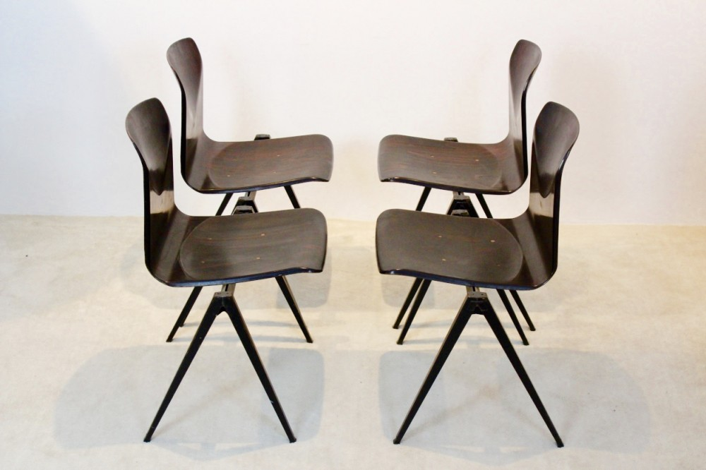 Wengé Stackable Pagholz Galvanitas S22 Industrial Diner Chairs, 1960s