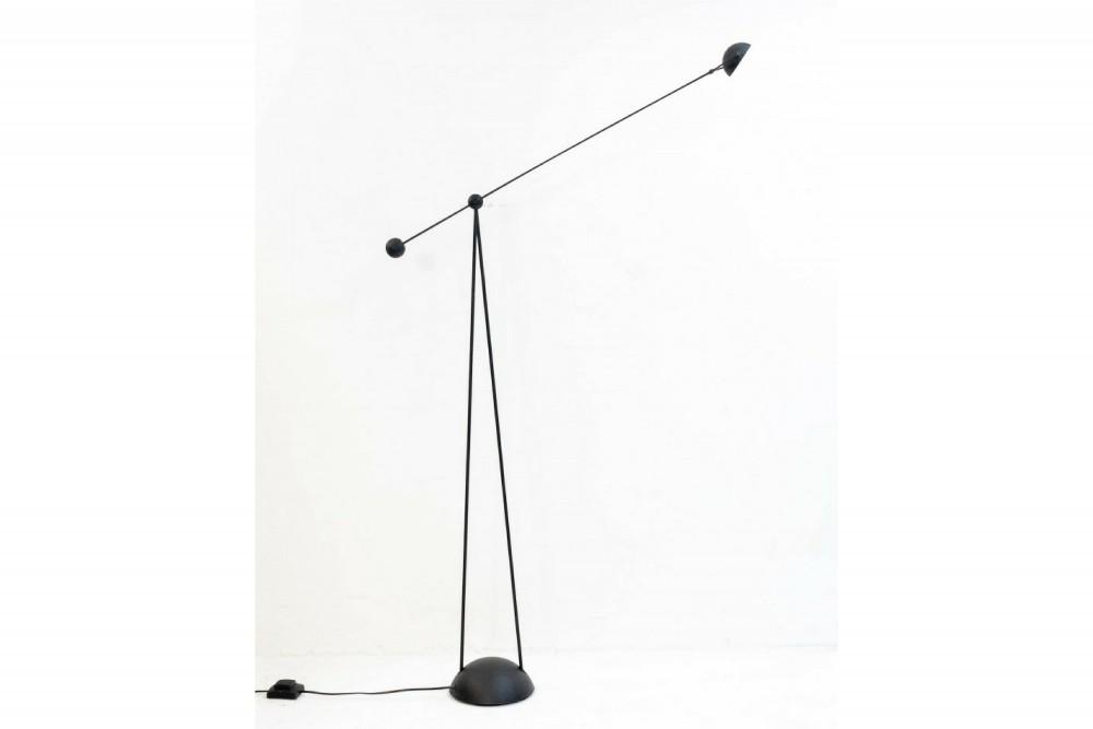 stefano-cevoli-standing-spot-light-yuky_4
