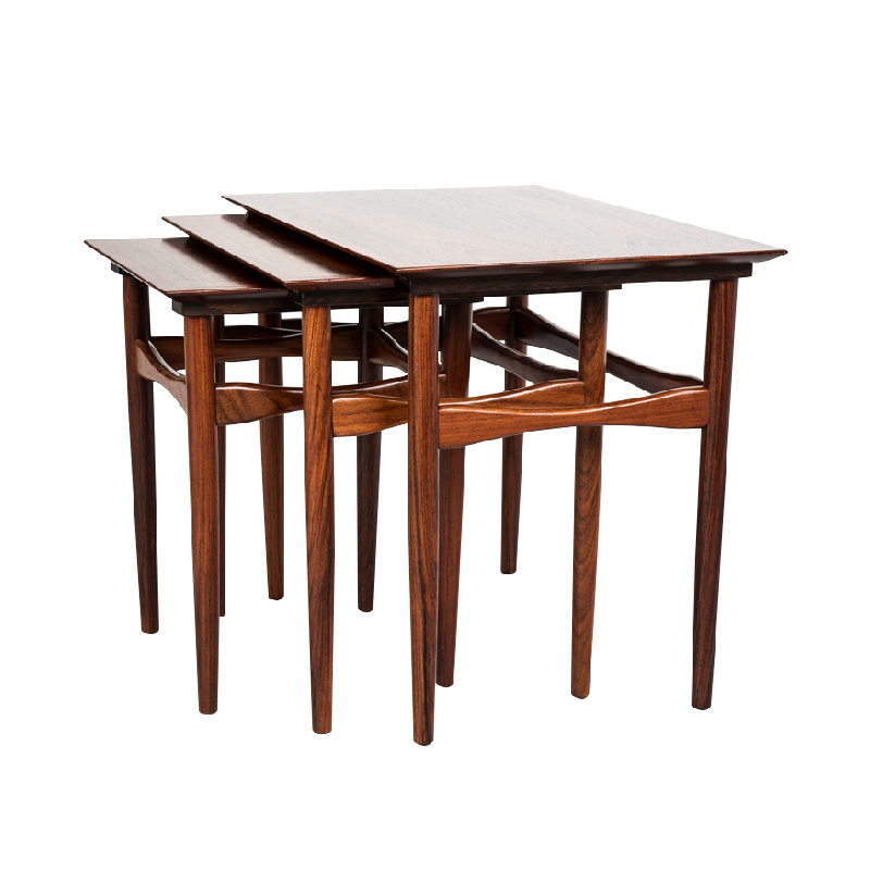 Danish nest of 3 side tables in rosewood by Hundevad