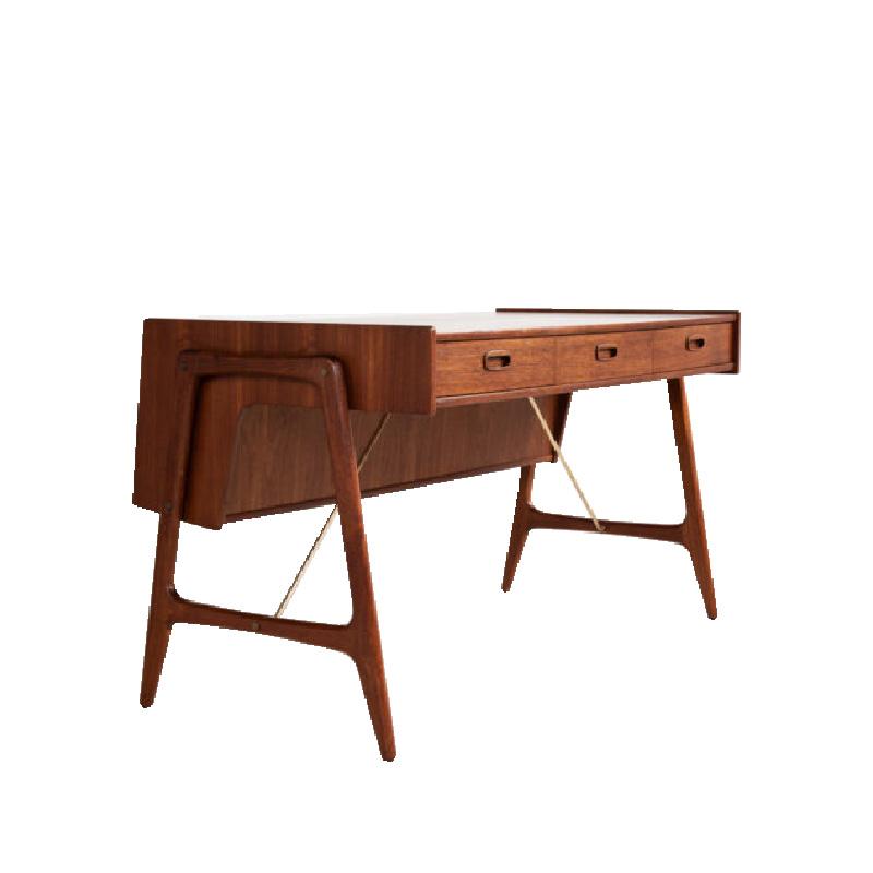 desk-in-teak-by-arne-wahl-iversen