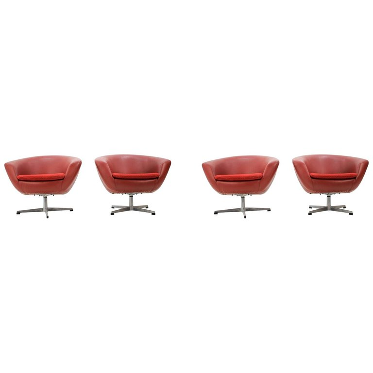 Set of Four Midcentury Club Swivel Chairs or Miroslav Navrátil, 1970s