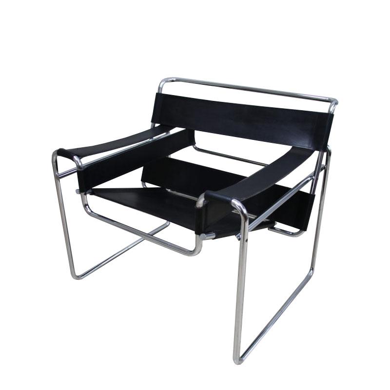 """Wassily"" armchair in black leather – B3 – Marcel Breuer – Gavina – 1960's468"