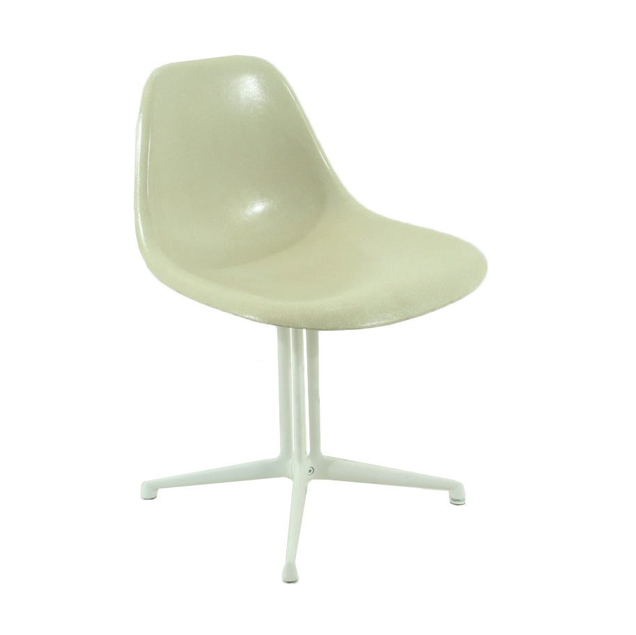 Offwhite La Fonda Chair by Charles and Ray Eames for Vitra