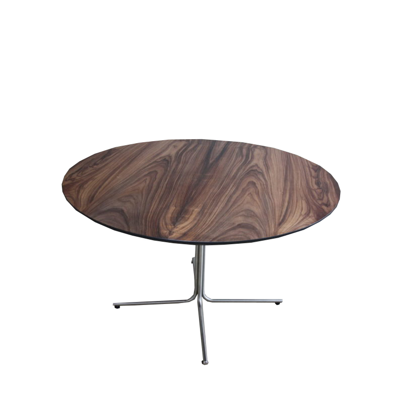 Circular dining table in rosewood – EJ 205 Designed by Johannes Foersom & Peter Hiort-Lorenzen