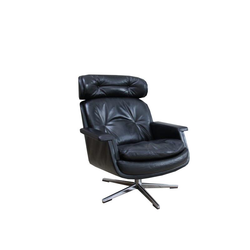 Swivel lounge chair in black leather, designed by Eugen Schmidt, produced by Soloform- Germany- 1960's