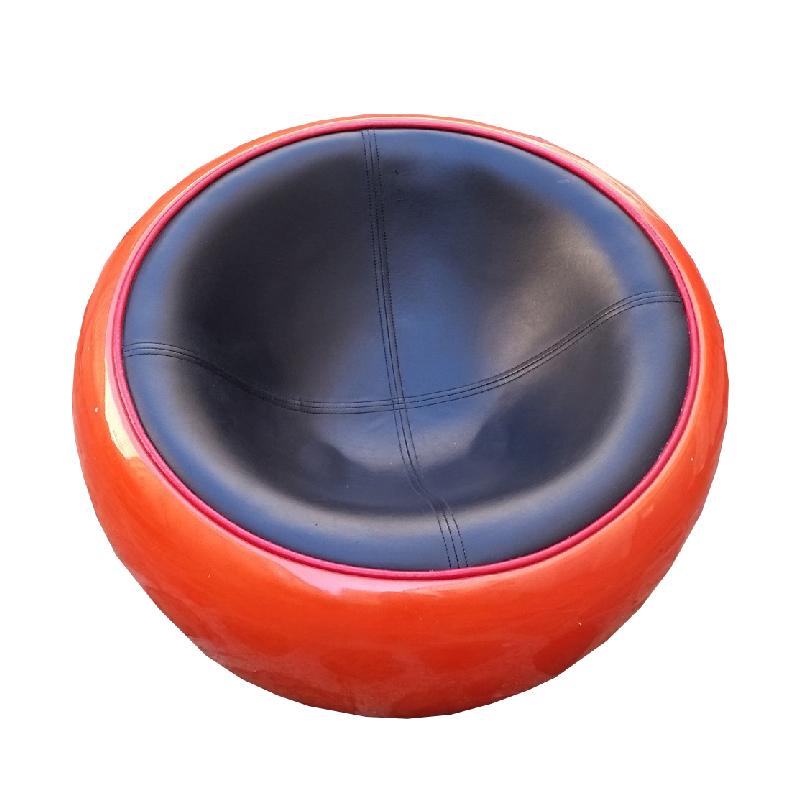 Eero Aarnio – Armchair Egg pod ball – Circa 1967