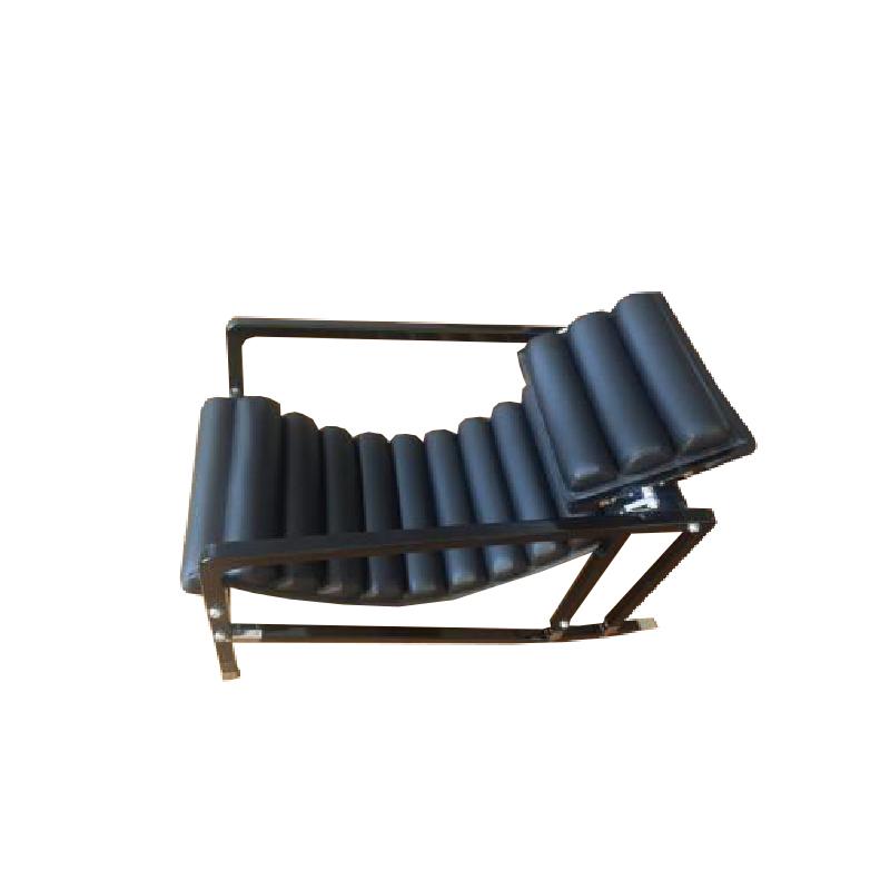 Eileen Gray – Deckchair Armchair Edition Ecart International – 1926