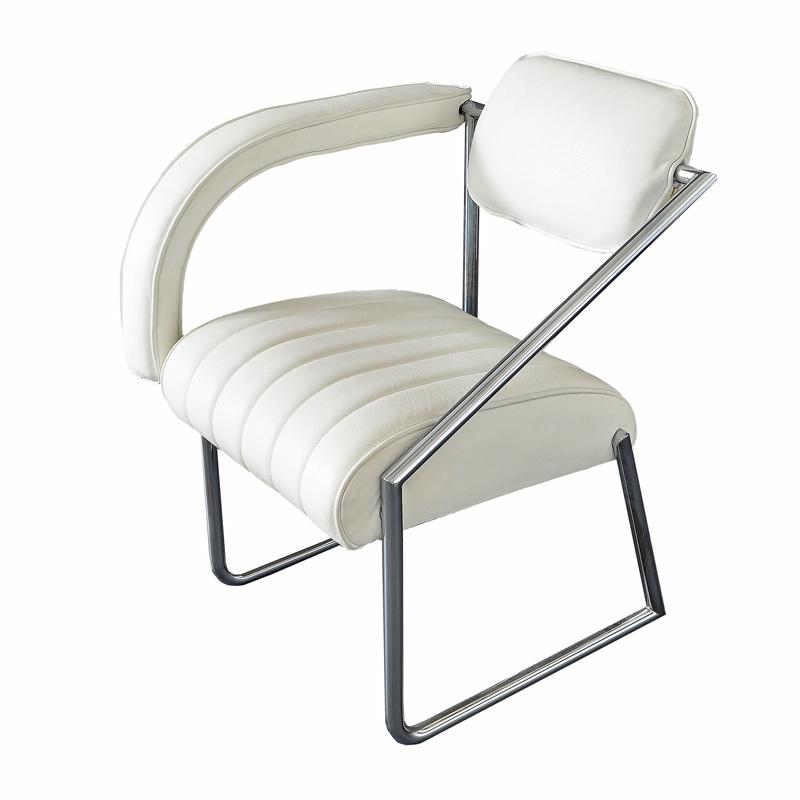 """Easy chair designed by Eileen Gray """"Non Conformist"""", 1926. Vereinigte Werkstätten Munich, 1970s."""