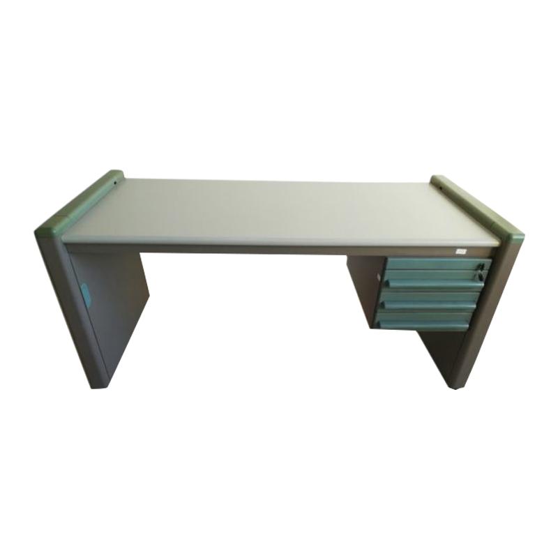 Olivetti synthesis desk series icarus design Ettore Sottsass- Michele De Lucchi 80's
