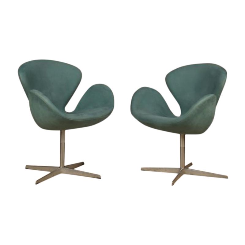 Set of 3 Swan chairs, designed by Arne Jacobsen for Fritz Hansen