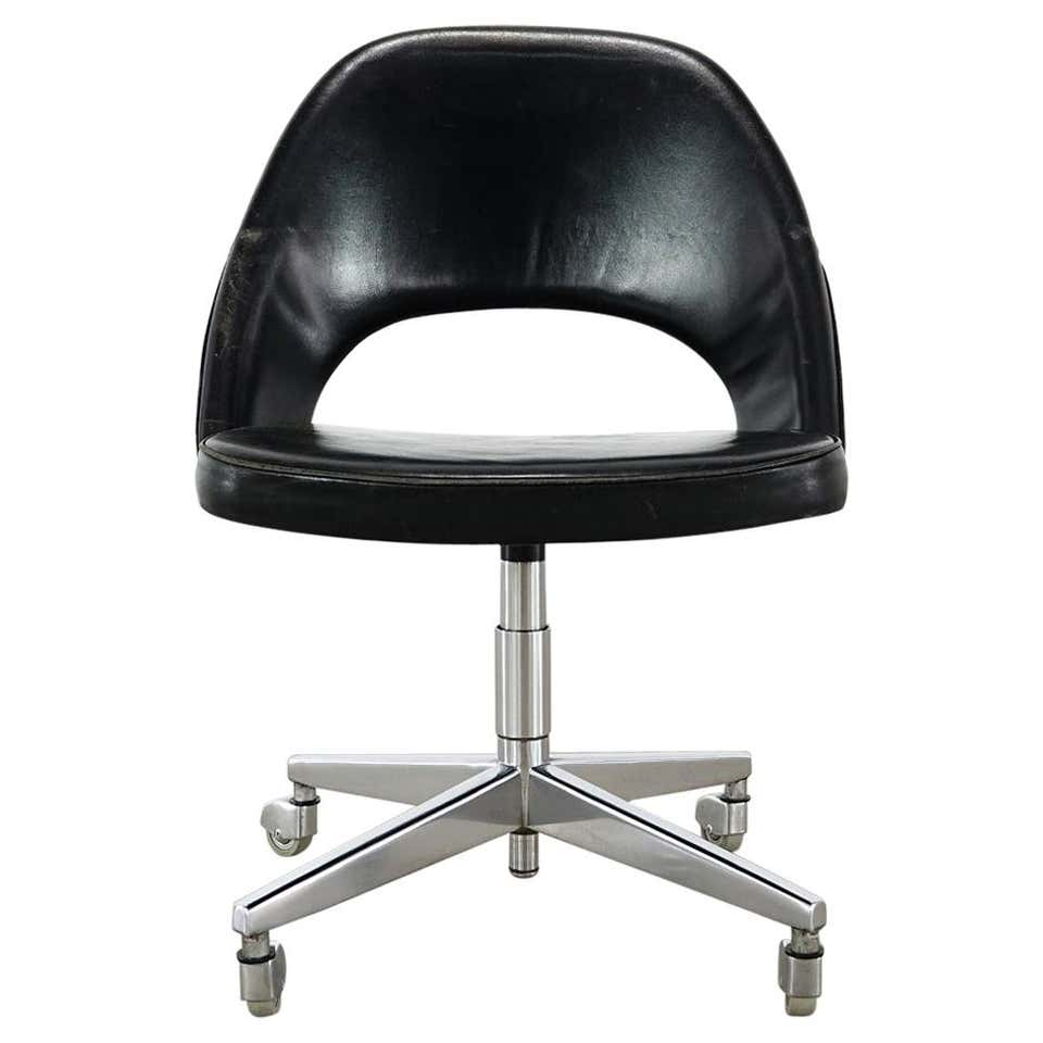 Early Eero Saarinen Office Desk Chair for Knoll International
