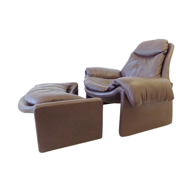 Saporiti 60 brown leather loungechair with ottoman by Vittorio Introini