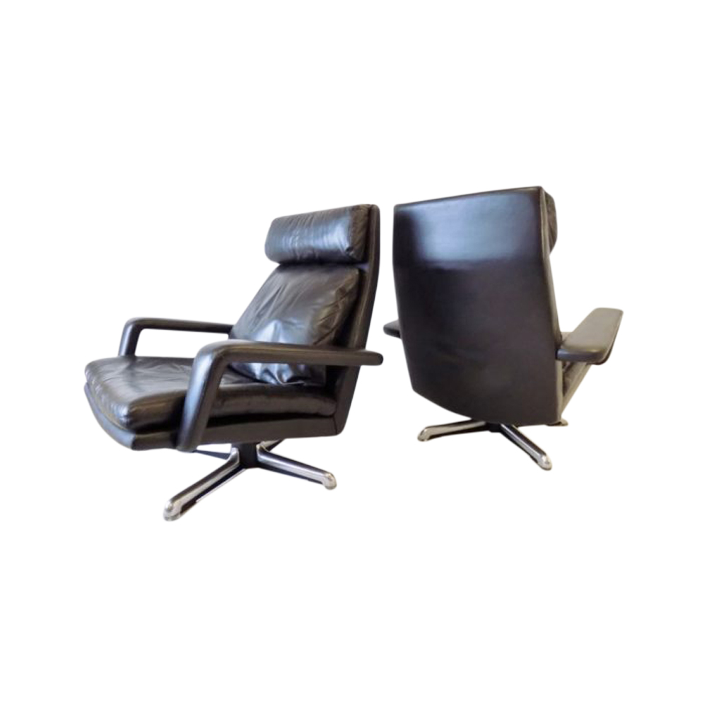 Hans Kaufeld set of 2 black leather lounge chairs 60s