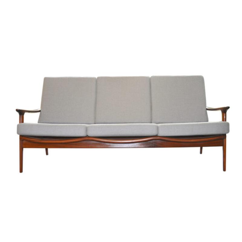 New Yorker Sofa