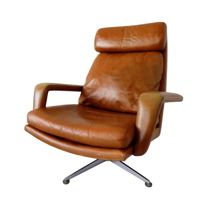 Hans Kaufeld caramel leather lounge chair 60s