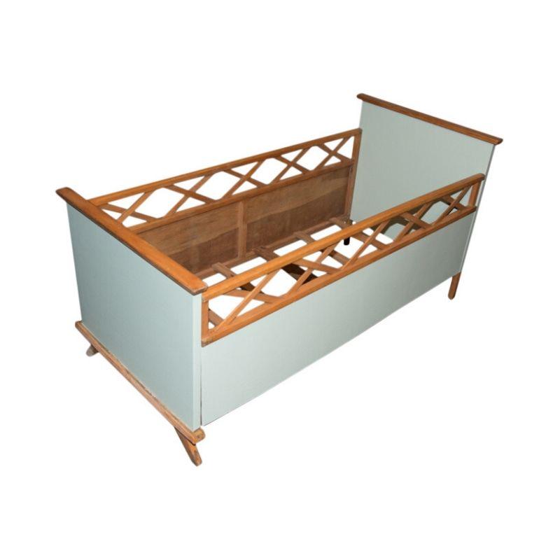 Children's bed 60