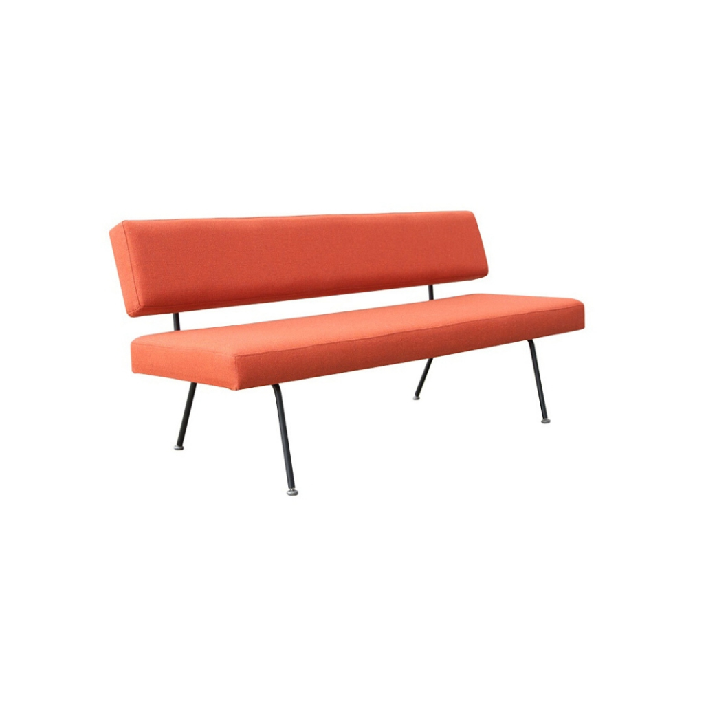 Sofa model 32 design Florence Knoll for Knoll International