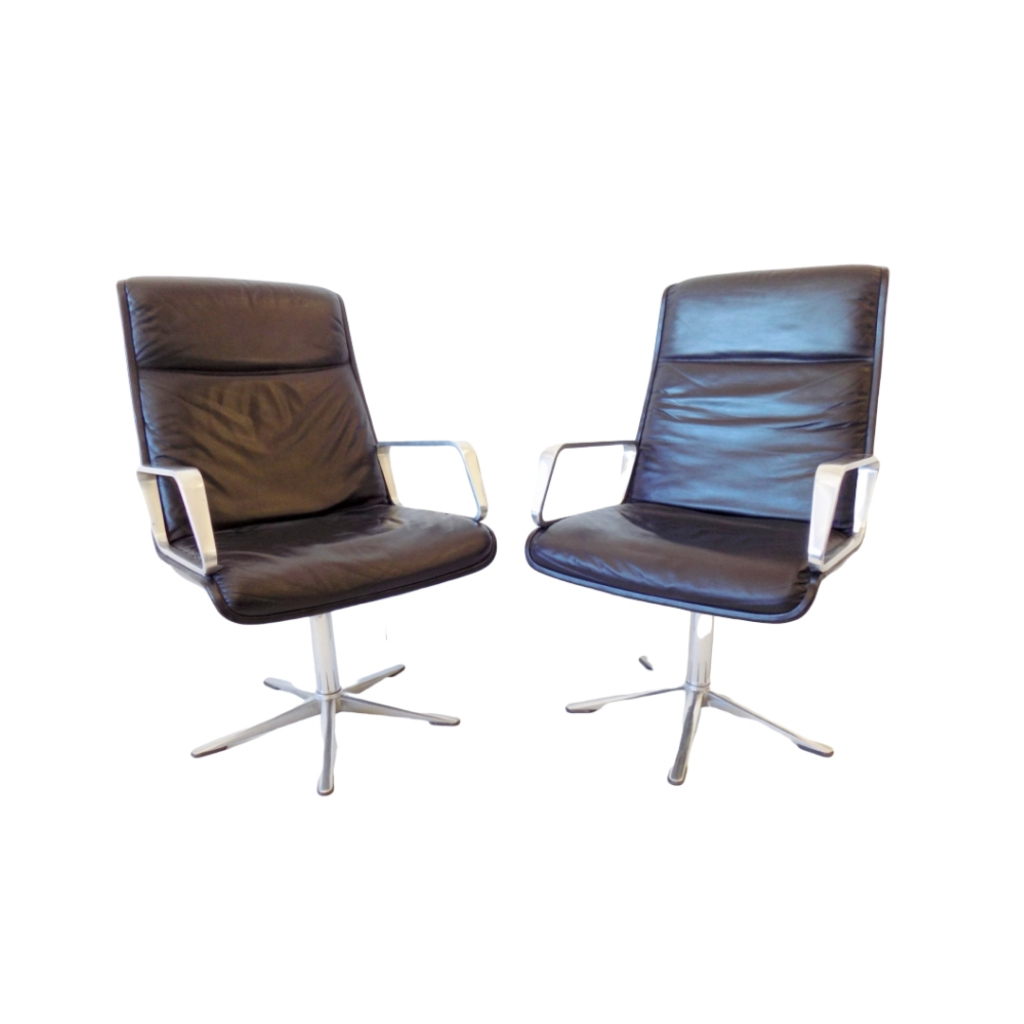 Wilkhahn Delta 2000 Highback set of 2 leather chairs by Delta Design